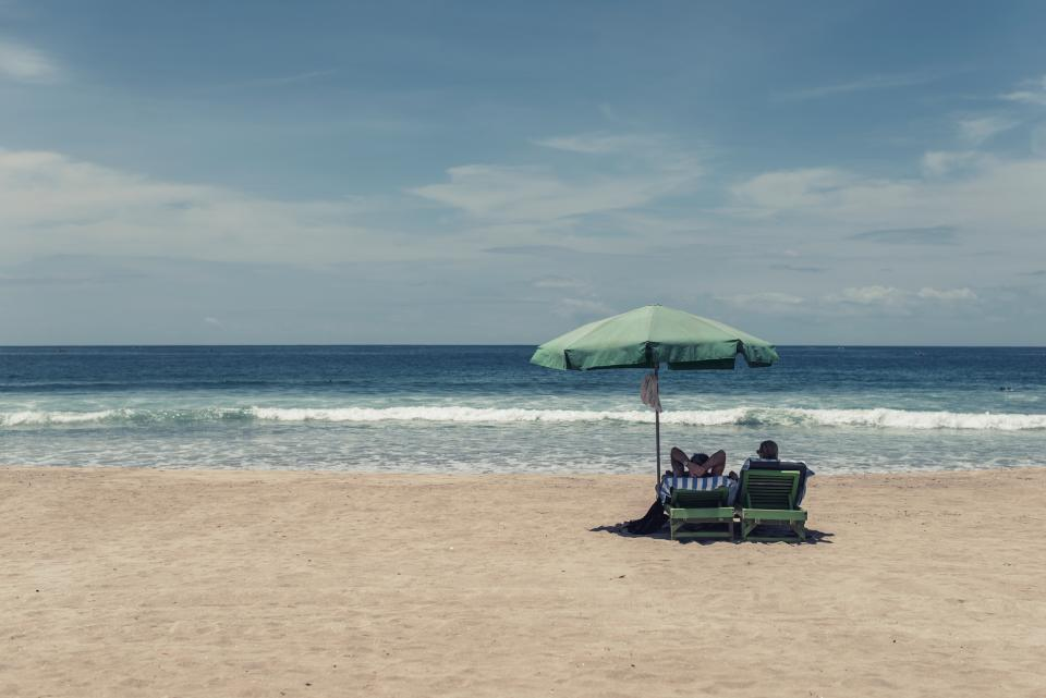 vacation-green-umbrella
