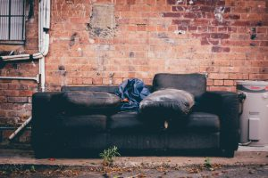 how-to-sell-furniture-online